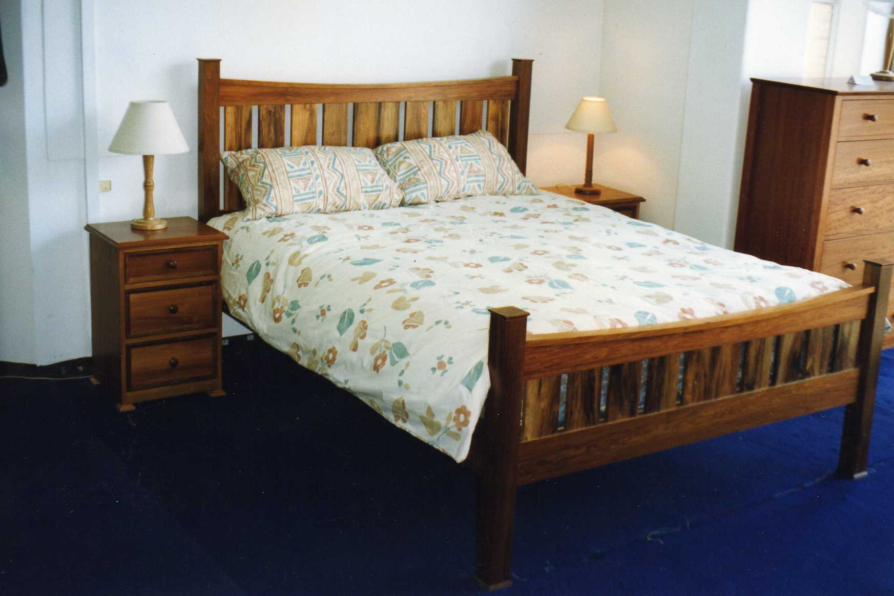 Canterbury double bed plans diy furniture plans for Double bed plans