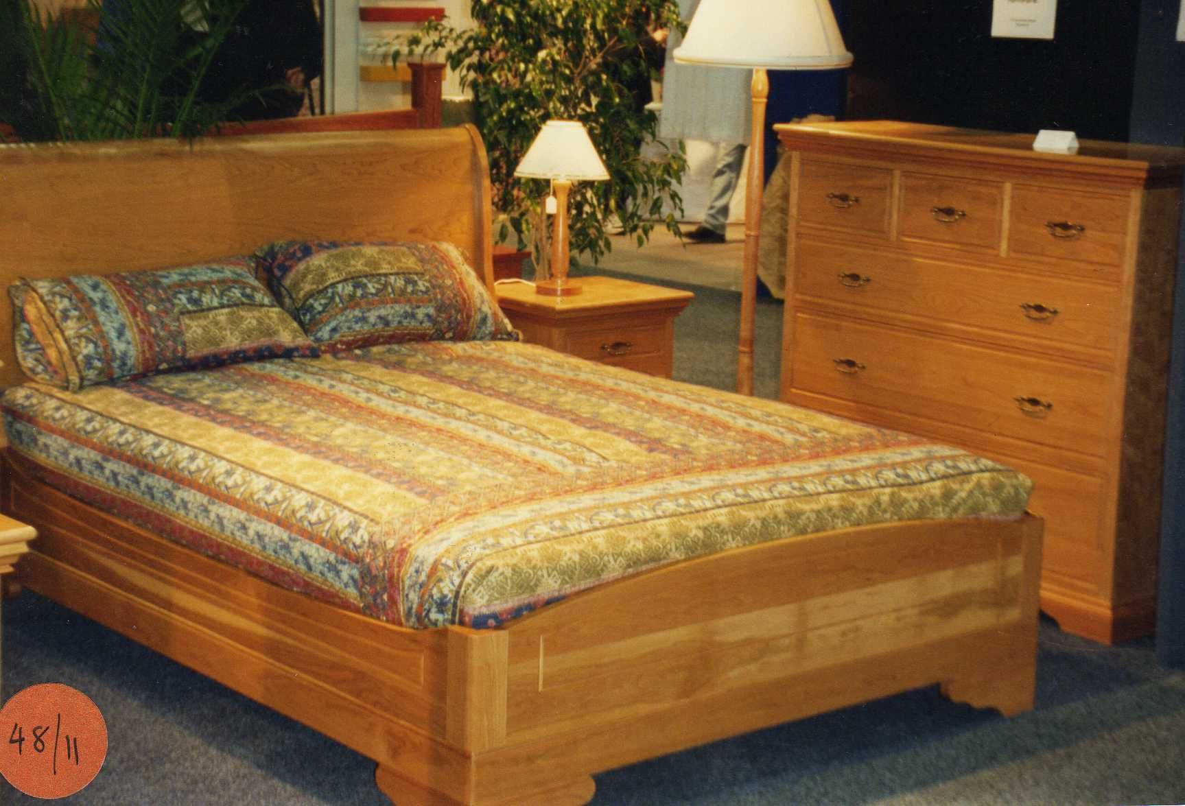 Queen Size Lowfoot Sleigh Bed Plans DIY Furniture Plans ...