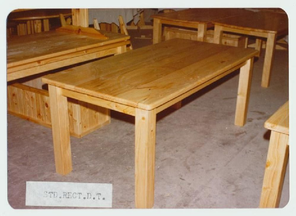 5×3 Rectangular Dining Table DIY Furniture Plans & Technical Puzzles