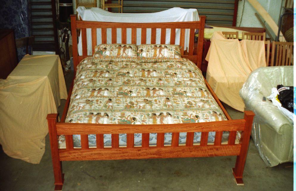 Redgum Queen Size Bed Plans Diy Furniture Plans Technical Puzzles