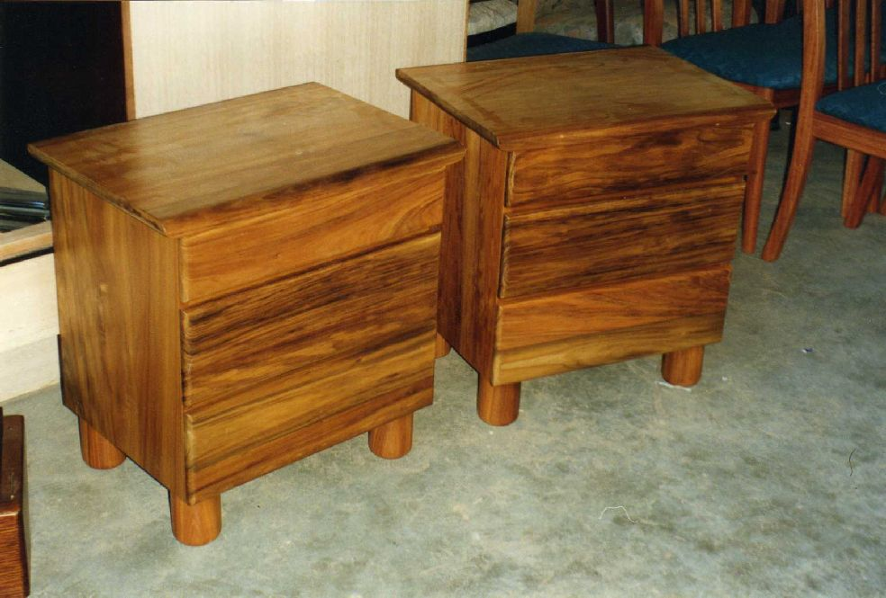 Somerset 3drawer bedside cabinet diy furniture plans for Bedside cabinet plans