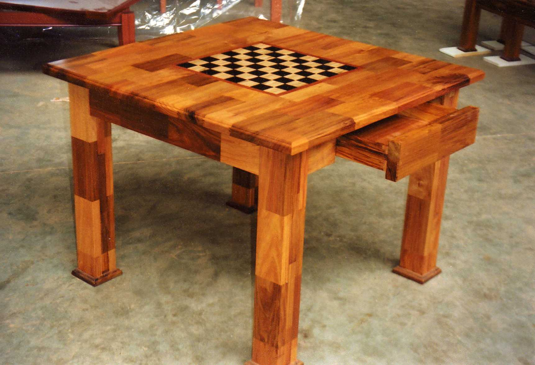 Checkerboard Chess Table DIY Furniture Plans amp Technical